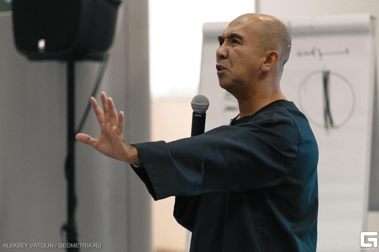 16-17 апреля в Екатеринбурге пройдет бизнес тренинг Сергея Азимова «Продажи. Переговоры»